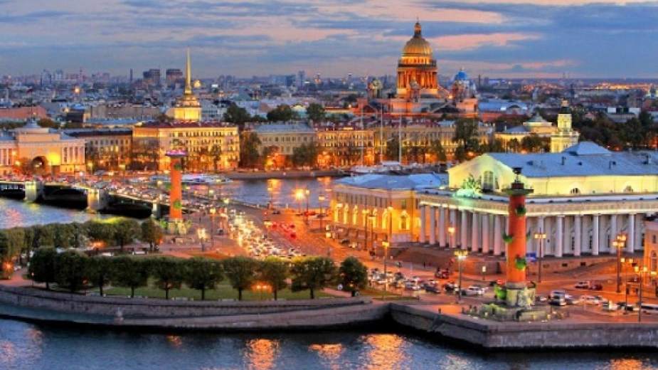 Санкт Петербург, чаровен и незабравим! Пътувам до Санкт Петербург с екскурзия или сам!